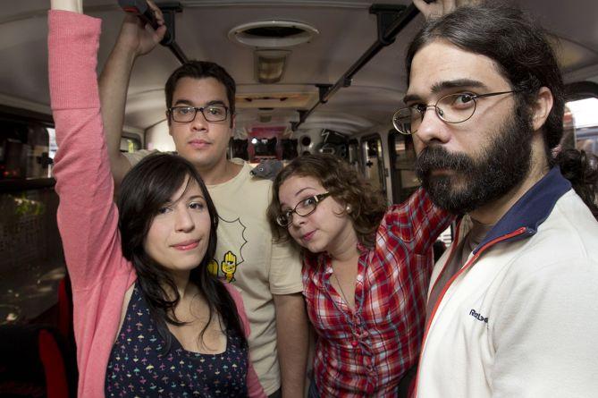 Equipo de Camionetica.com: Gustavo Márquez, Daniela Fonseca, Diana Martínez, Daniel Yanes Arroyo