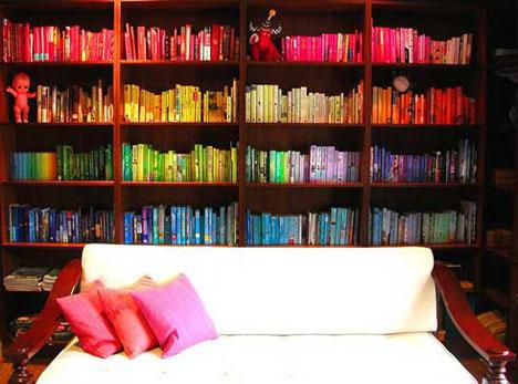 Organizar los libros por color
