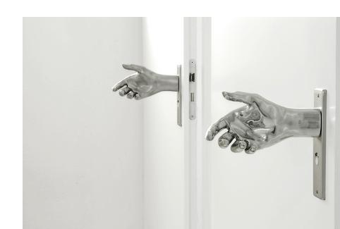 16_door-hand-les