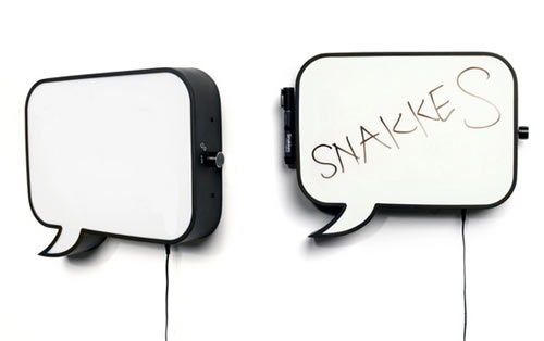 snakkes-speech-bubble-lamp-whiteboard2