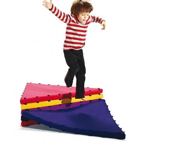Tukluk: Espacios modulares para niños
