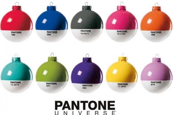 pantone_xmas_ball-600x4061