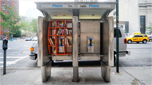 Librerías en Cabinas Telefónicas (StreetArt)