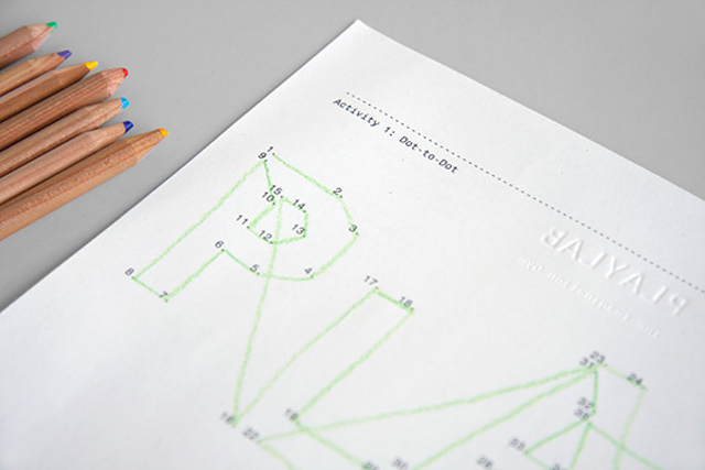 Identidad Visual creativa para Playlab: hoja membretada une los puntos