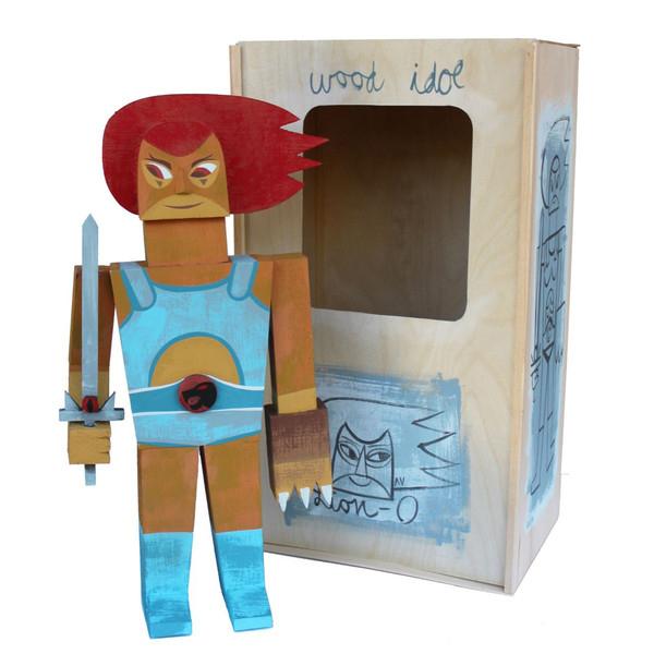 Wood Idol (Ídolos de Madera) por Amanda Visell - Thundercats León-O