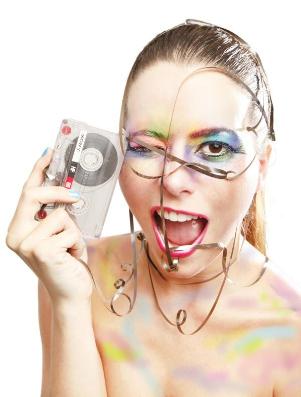 Cliente: Zoom Makeup (Producción, dirección de arte y edición)