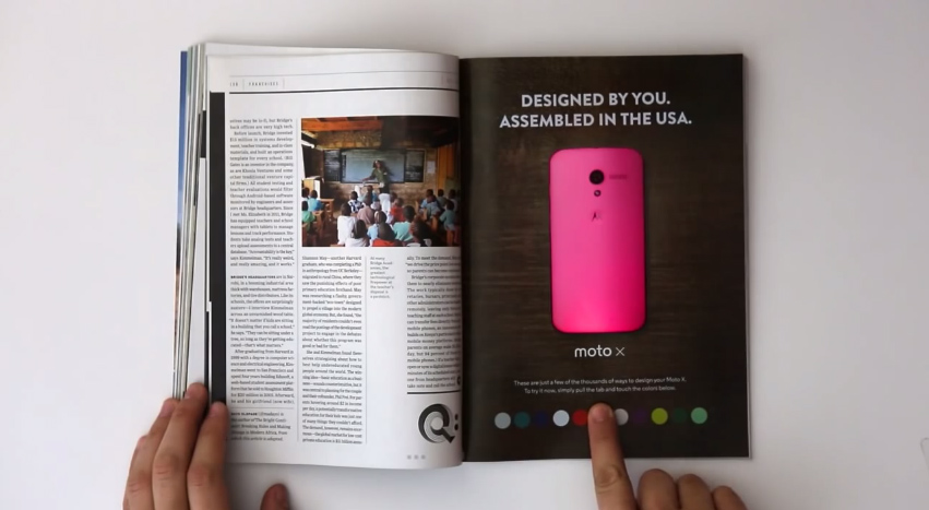 Moto X - Aviso Interactivo Revista Wired (cambio de color al presionar botón)