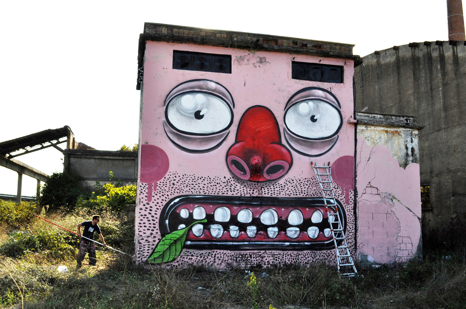 Coca Colla (Monterotondo - Roma, 2010) por Mr. Thoms