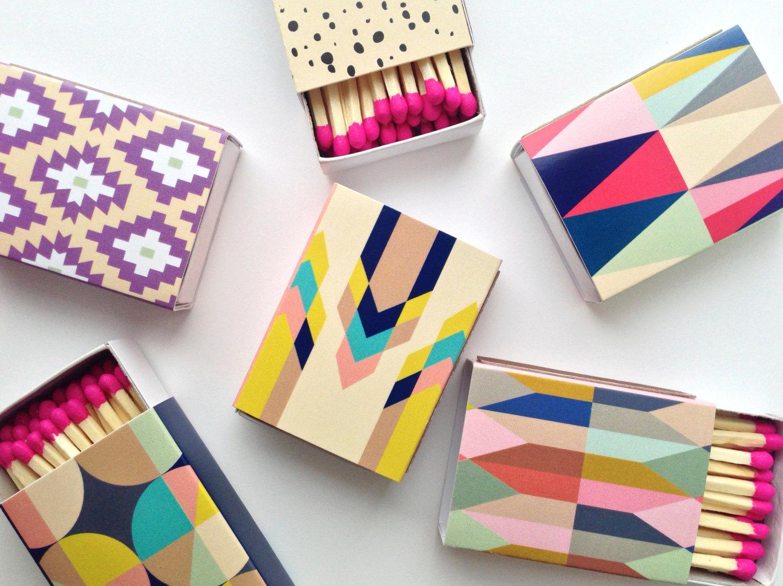 Cajitas de fósforos con diseños decorativos por BelloPop