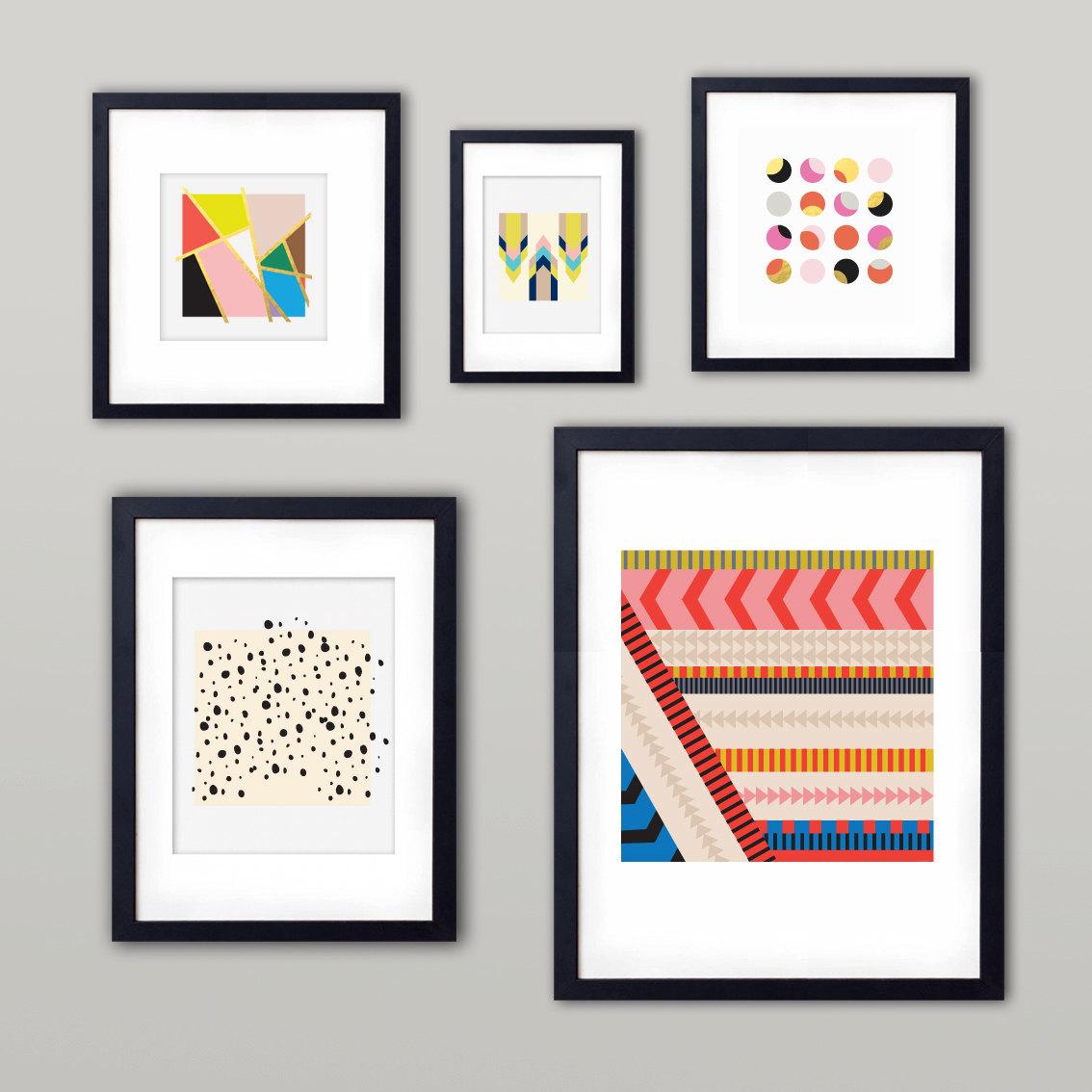 Impresos minimalistas, basados en figuras geométricas y coloridas, por BelloPop