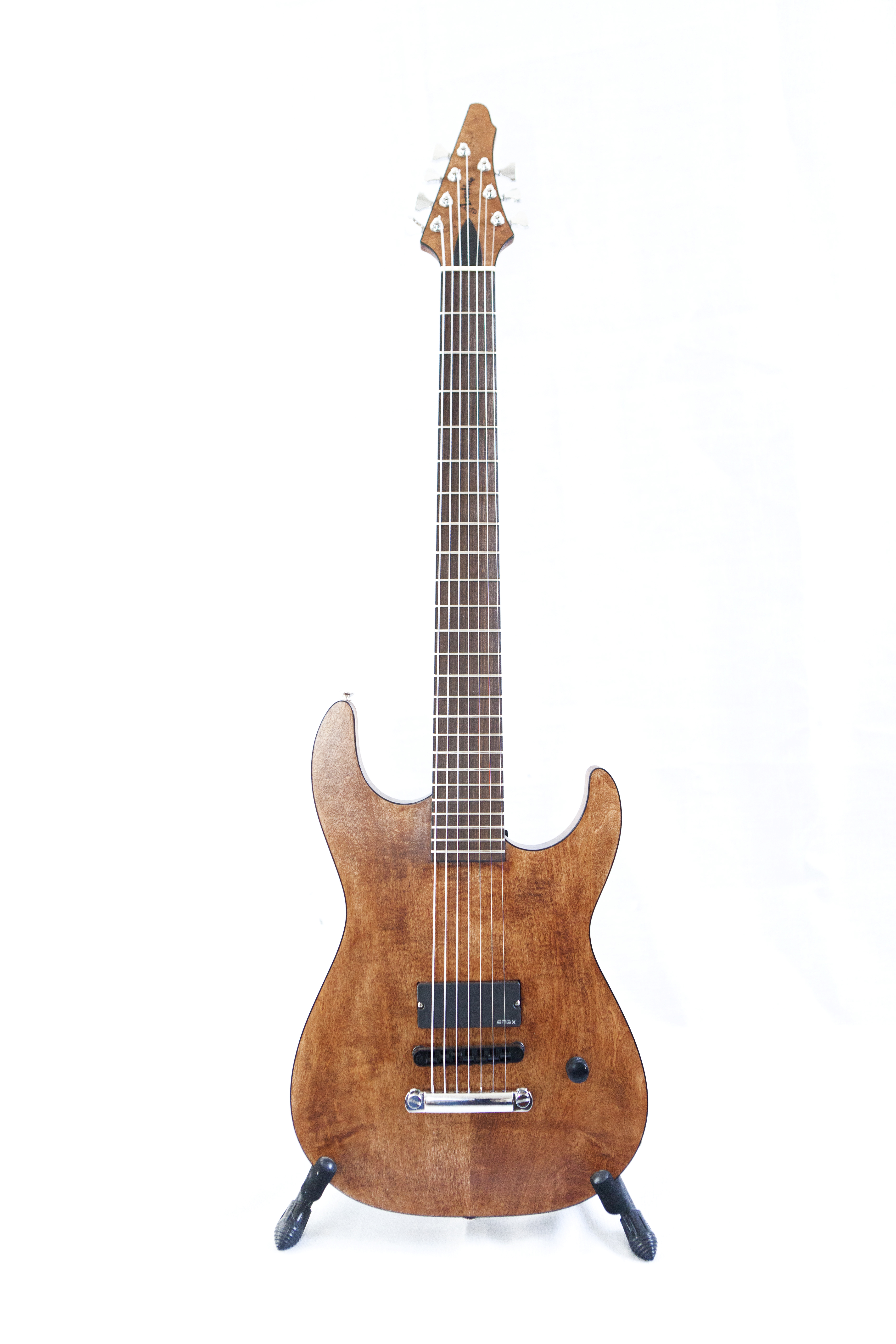 Aroutine guitars for Que es un luthier
